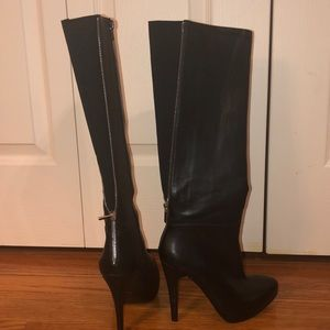 Beautiful Black Boots With Back Zipper